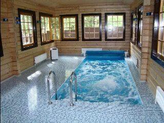 Строительство бани с бассейном в Москве