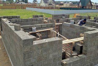 Строительство домов из опилкобетона в Москве под ключ