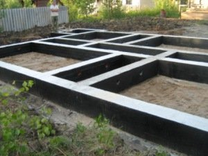 Строительство ленточного фундамента в Москве