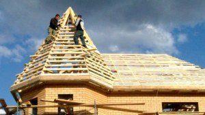 Строительство крыши дома в Москве