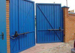 Фото процесса производства Промышленные распашные ворота в Москве