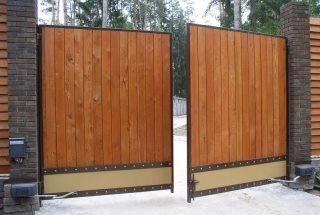 Фото процесса производства Распашные ворота для дачи в Москве