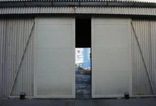Откатные ворота гаражные в Москве