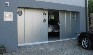 Фото процесса производства Откатные ворота гаражные в Москве