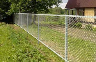 Забор из сетки рабицы в Москве