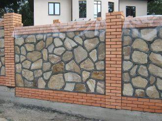 Забор из камня под ключ в Москве